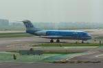 Koenig117さんが、アムステルダム・スキポール国際空港で撮影したKLMシティホッパー 70の航空フォト(写真)