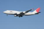 クルーズさんが、羽田空港で撮影した日本航空 747-446の航空フォト(写真)