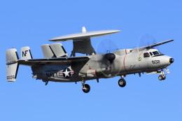take_2014さんが、厚木飛行場で撮影したアメリカ海軍 E-2C Hawkeyeの航空フォト(写真)