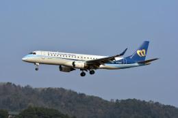Gambardierさんが、岡山空港で撮影したマンダリン航空 ERJ-190-100 IGW (ERJ-190AR)の航空フォト(写真)