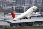 A-Chanさんが、福岡空港で撮影した日本航空 747-346の航空フォト(写真)