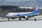 カワPさんが、函館空港で撮影した全日空 767-381の航空フォト(写真)