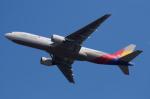 sr3600さんが、成田国際空港で撮影したアシアナ航空 777-28E/ERの航空フォト(写真)