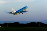 うまやどのおいるさんが、モントリオール・ピエール・エリオット・トルドー国際空港で撮影したKLMオランダ航空 MD-11の航空フォト(写真)