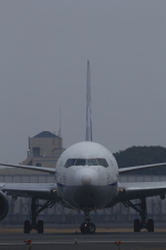 VFRさんが、伊丹空港で撮影した全日空 767-381の航空フォト(写真)