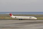 kumagorouさんが、奄美空港で撮影した日本航空 MD-81 (DC-9-81)の航空フォト(写真)