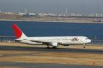 Kevin でるたらぶさんが、羽田空港で撮影した日本航空 767-346の航空フォト(写真)