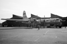 apphgさんが、厚木飛行場で撮影したアメリカ空軍 WB-50D Superfortressの航空フォト(写真)