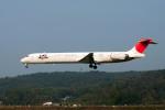 Gambardierさんが、岡山空港で撮影した日本航空 MD-90-30の航空フォト(写真)