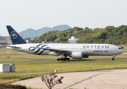 虎太郎19さんが、福岡空港で撮影した大韓航空 777-2B5/ERの航空フォト(写真)