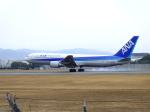 正ヤンさんが、伊丹空港で撮影した全日空 767-381の航空フォト(写真)