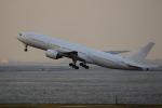多摩川崎2Kさんが、羽田空港で撮影した日本航空 777-246の航空フォト(写真)