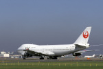 senyoさんが、成田国際空港で撮影した日本航空 747-246Bの航空フォト(写真)