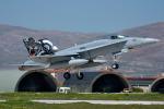 Tomo-Papaさんが、コンヤ空港で撮影したスイス空軍 F/A-18C Hornetの航空フォト(写真)