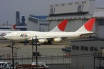 robbyさんが、成田国際空港で撮影した日本航空 747-446の航空フォト(写真)
