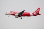 みなかもさんが、シンガポール・チャンギ国際空港で撮影したエアアジア A320-216の航空フォト(写真)