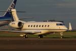 Koenig117さんが、羽田空港で撮影したアメリカ企業所有 Gulfstream G650 (G-VI)の航空フォト(写真)