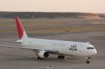元青森人さんが、新千歳空港で撮影した日本航空 767-346の航空フォト(写真)