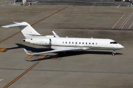 Mihaさんが、羽田空港で撮影したスカイサービス・ビジネス・アビエーション BD-700-1A11 Global 5000の航空フォト(写真)
