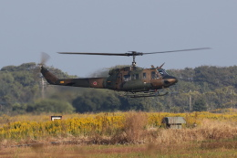 おふろうどさんが、築城基地で撮影した陸上自衛隊 UH-1Jの航空フォト(写真)