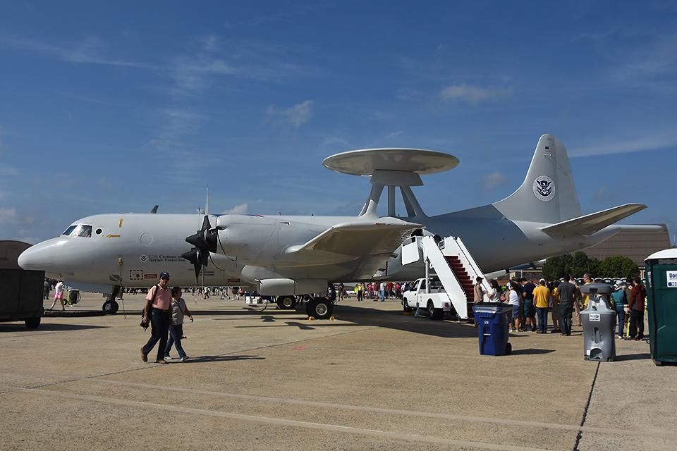 アメリカ税関・国境警備局 Lockheed P-3 Orion N149CS アンドルーズ統合基地  航空フォト | by Tomo-Papaさん