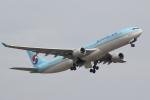 Semirapidさんが、福岡空港で撮影した大韓航空 A330-323Xの航空フォト(写真)
