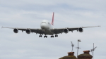 誘喜さんが、ロンドン・ヒースロー空港で撮影したカンタス航空 A380-842の航空フォト(写真)