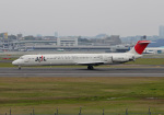 PGM200さんが、伊丹空港で撮影した日本航空 MD-81 (DC-9-81)の航空フォト(写真)