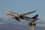 LAX Spotterさんが、ロサンゼルス国際空港で撮影した大韓航空 A330-223の航空フォト(写真)