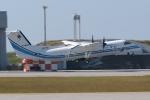 木人さんが、那覇空港で撮影した海上保安庁 DHC-8-315 Dash 8の航空フォト(写真)