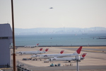タイ国際航空さんが、羽田空港で撮影した日本航空 MD-90-30の航空フォト(写真)