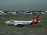 CLIP@h.s.さんが、シドニー国際空港で撮影したカンタス航空 737-4L7の航空フォト(写真)