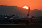 kamichanさんが、伊丹空港で撮影した全日空 777-281/ERの航空フォト(写真)