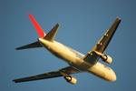yanaさんが、那覇空港で撮影した日本航空 767-346の航空フォト(写真)