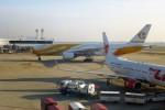 RUNWAY24さんが、ドンムアン空港で撮影したノックスクート 777-212/ERの航空フォト(写真)