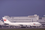 Hiroyuki.Sさんが、福岡空港で撮影した日本航空 747-246Bの航空フォト(写真)