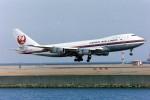 電車の運転士さんが、羽田空港で撮影した日本航空 747-146の航空フォト(写真)