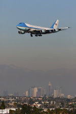 LAX Spotterさんが、ロサンゼルス国際空港で撮影したアメリカ空軍 VC-25A (747-2G4B)の航空フォト(写真)