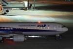 新海 元さんが、羽田空港で撮影した全日空 767-381/ERの航空フォト(写真)