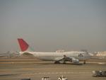 あっしーさんが、羽田空港で撮影した日本航空 747-446の航空フォト(写真)