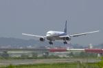 senyoさんが、富山空港で撮影した全日空 777-281の航空フォト(写真)