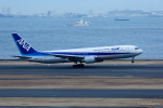 みなかもさんが、羽田空港で撮影した全日空 767-381の航空フォト(写真)