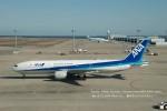 かみきりむしさんが、中部国際空港で撮影した全日空 777-281の航空フォト(写真)