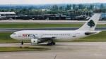 twinengineさんが、ロンドン・ヒースロー空港で撮影したミドル・イースト航空 A310-222の航空フォト(写真)
