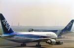 suu451さんが、羽田空港で撮影した全日空 767-281の航空フォト(写真)