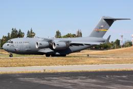 Ryan-airさんが、リバーサイド市営空港で撮影したアメリカ空軍 C-17A Globemaster IIIの航空フォト(写真)