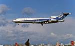 Gambardierさんが、伊丹空港で撮影した全日空 727-281/Advの航空フォト(写真)