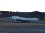 SIさんが、成田国際空港で撮影したデルタ航空 A330-223の航空フォト(写真)