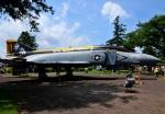 チャーリーマイクさんが、厚木飛行場で撮影したアメリカ海軍 F-4S Phantom IIの航空フォト(写真)