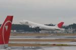 tombowさんが、成田国際空港で撮影した日本航空 747-246Bの航空フォト(写真)